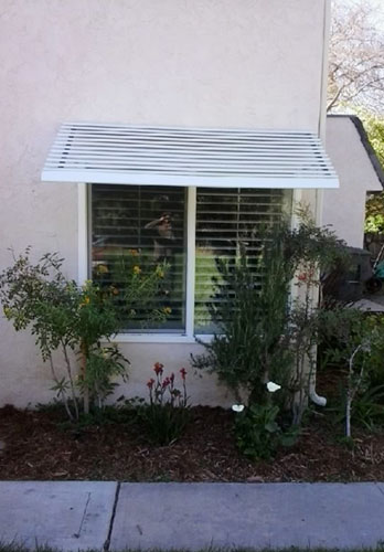 La Mesa Panorama Window Awning