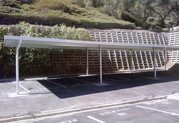 Aluminum Windbreak in Lakeside, CA